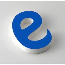 Letra de PVC con frente en vinilo